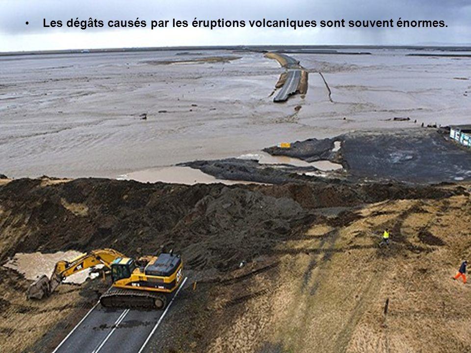 La fonte du glacier a provoqué deux importantes coulées d'eau,