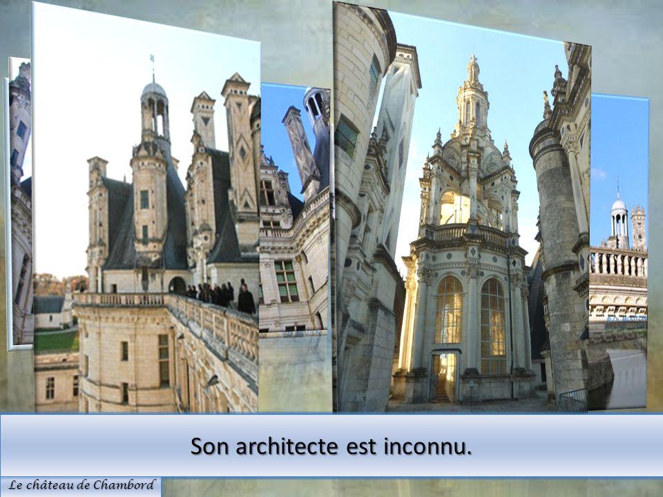 Il est construit sur lemplacement dun ancien château fort Son architecture est de Renaissance française et italienne. Le château de Chambord Son archi