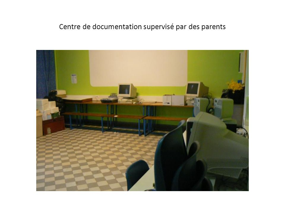 Centre de documentation supervisé par des parents