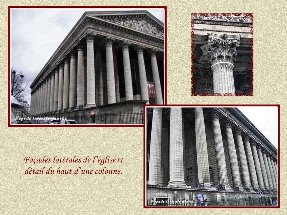 Après le désastre de la campagne de Russie en 1812, Napoléon renonce au temple de la Gloire et revient au projet initial dune église : « Que ferons-nous du temple de la Gloire .