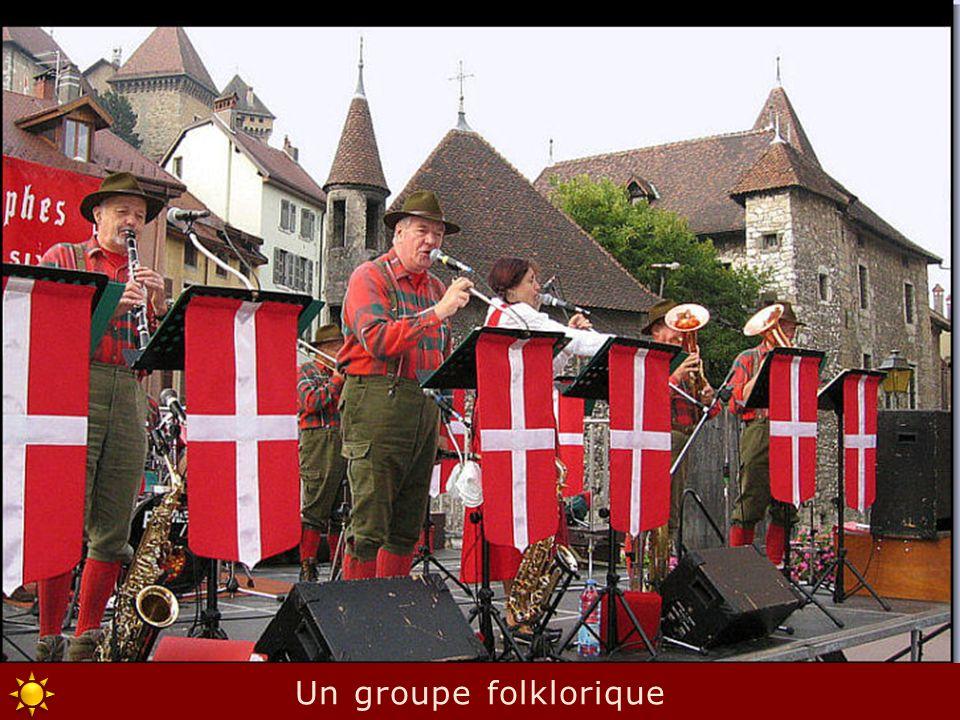 Un groupe folklorique