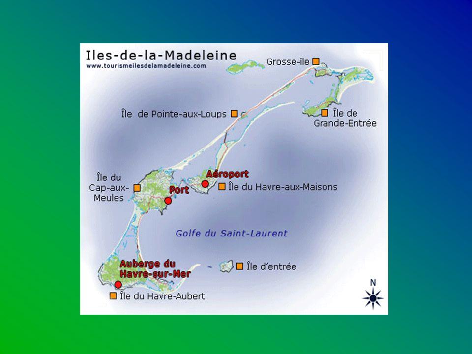 Les îles-de-la-Madeleine Pour le visiteur qui y débarque aux Îles de la Madeleine, l effet est immédiat, le dépaysement complet.
