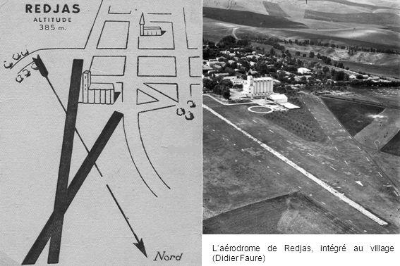 Laérodrome de Redjas, intégré au village (Didier Faure)
