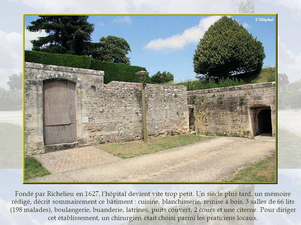 Réservoir artificiel, lensemble de lédifice semi-enterré était protégé des variations climatiques par lépaisseur du bastion Richelieu et lombre dun bo