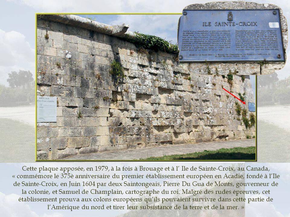 La Porte dHiers était semblable à la Porte Royale. Elle fut détruite pour tracer laxe dune route départementale rejoignant Rochefort. Lentrée dans Bro