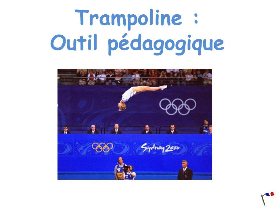 Apprentissage Dos, salto avant groupé, tomber dos Attention, chaque exercice présenté peut être sécurisé avec un petit tapis lancé par lentraîneur.Ball-OutBall-Out