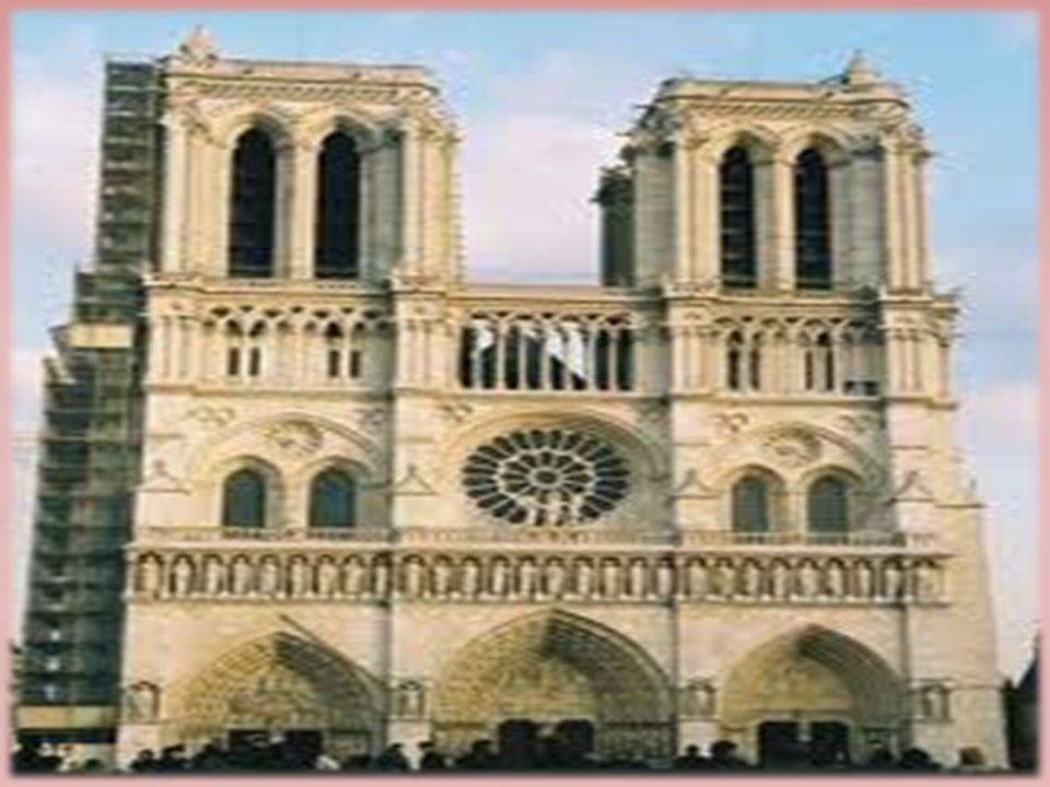Notre Dame Notre Dame est une des rares carhédrales gothiques. On doit à l évêque Maurice de Sully en 1163 la Dècision de costruire une église digne d
