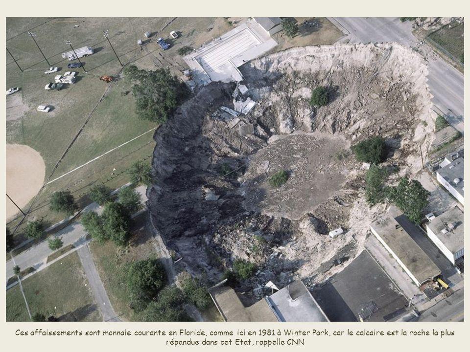 La France a également connu des affaissements abruptes. Le 31 mars 2001, en Normandie à Neuville-sur-Authou, un jeune homme de 24 ans est avalé par la