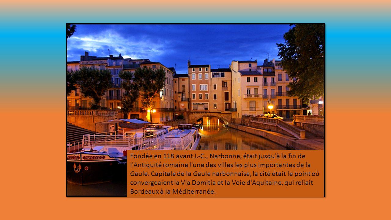 Colonie romaine et important centre commercial fondé par Octave, Béziers était sous l'Antiquité une cité prospère entre mer et vigne. La Via Domitia e
