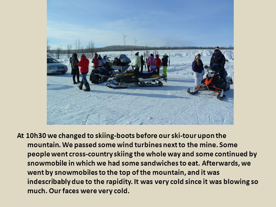 Nous sommes descendus avec des matelas, cela allait très vite, et avec Emilie et Claire nous avons percuté Alicia, ainsi Emilie s est retrouvée la tête dans la neige.