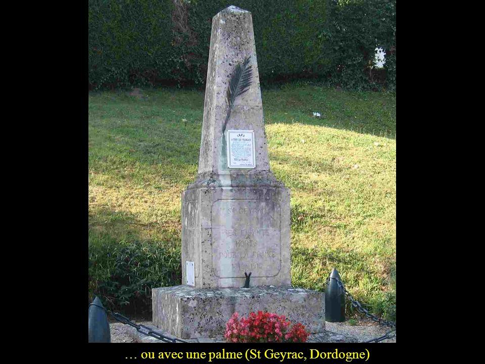 Des monuments, il y en a de tout simples: une stèle et une croix de guerre comme à Sautel, Aude