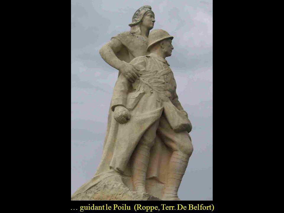 La république, quon nommera du terme plus noble de Patrie, évoquée sous diverses formes: élevant une couronne au sommet du monument… (Plazac, Dordogne