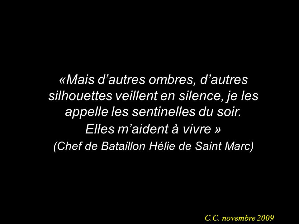 Ce que sont devenues les tombes chrétiennes! Le cercueil vidé est peut-être celui dun Poilu de Verdun, dun Chasseur dAfrique de Cassino ou dun Zouave