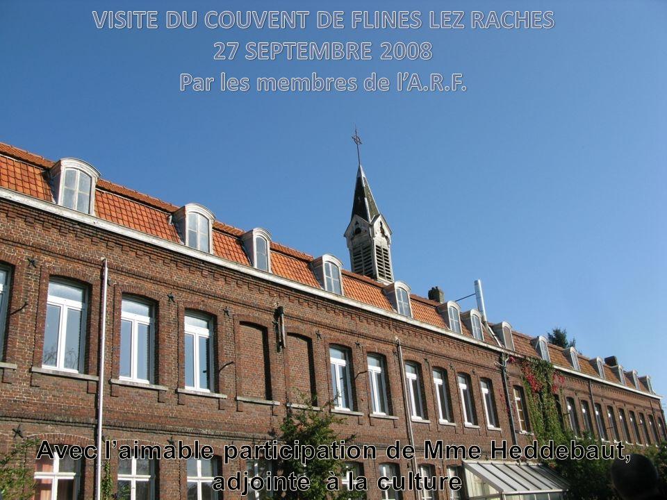 Bonjour, Nous allons vous présenter le couvent de Flines-Les-Râches à travers les photos que nous avons prises lors de notre visite.