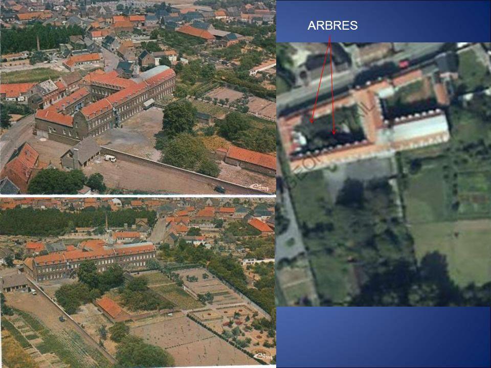 Dans les diapositives qui vont suivre, Vous allez découvrir toutes les parties extérieures des bâtiments.