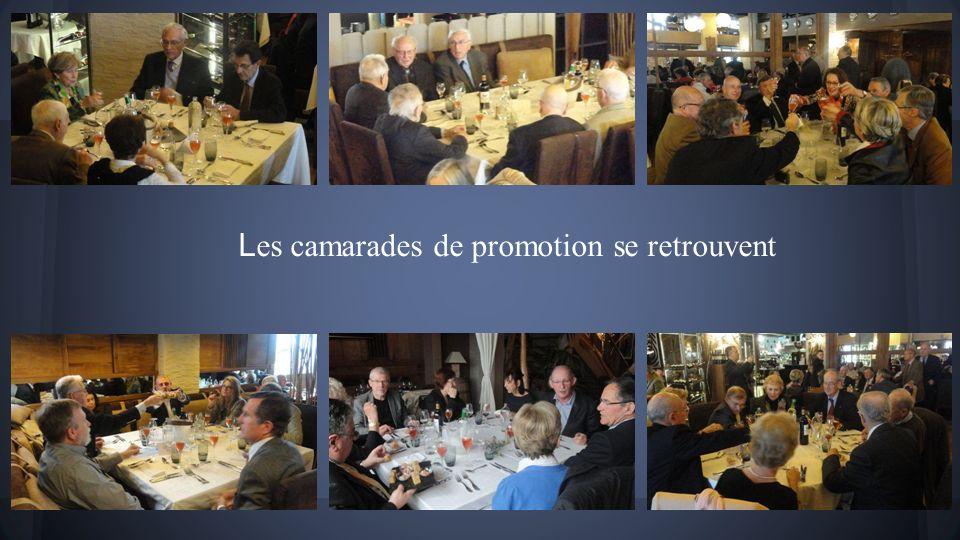 Lambiance sympathique au Café Maritime le 6 avril 2014 à midi