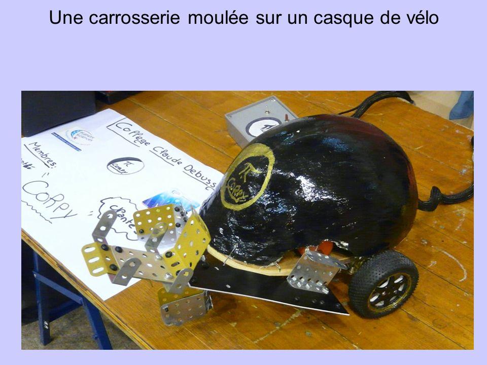 Une carrosserie moulée sur un casque de vélo