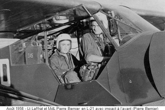 Août 1958 - Lt Laffrat et MdL Pierre Bernier en L-21 avec impact à lavant (Pierre Bernier)