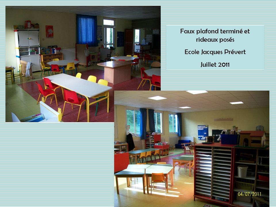 Faux plafond terminé et rideaux posés Ecole Jacques Prévert Juillet 2011