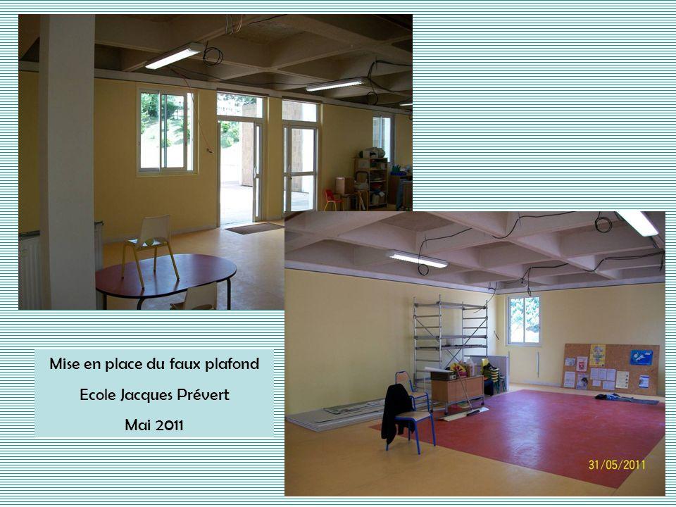 2 ème partie des sanitaires Ecole Jules Ferry Juillet 2011
