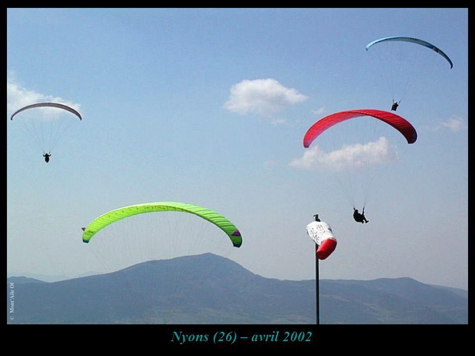 Nyons (26) – avril 2002