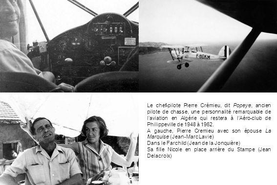 Roger MartireJacques VallcanerasPaul BarracoJean Delacroix Paule Bourgarel Laérodrome de Philippeville et quelques pilotes de lAéro-club en 1950 (Jean Bertucci)