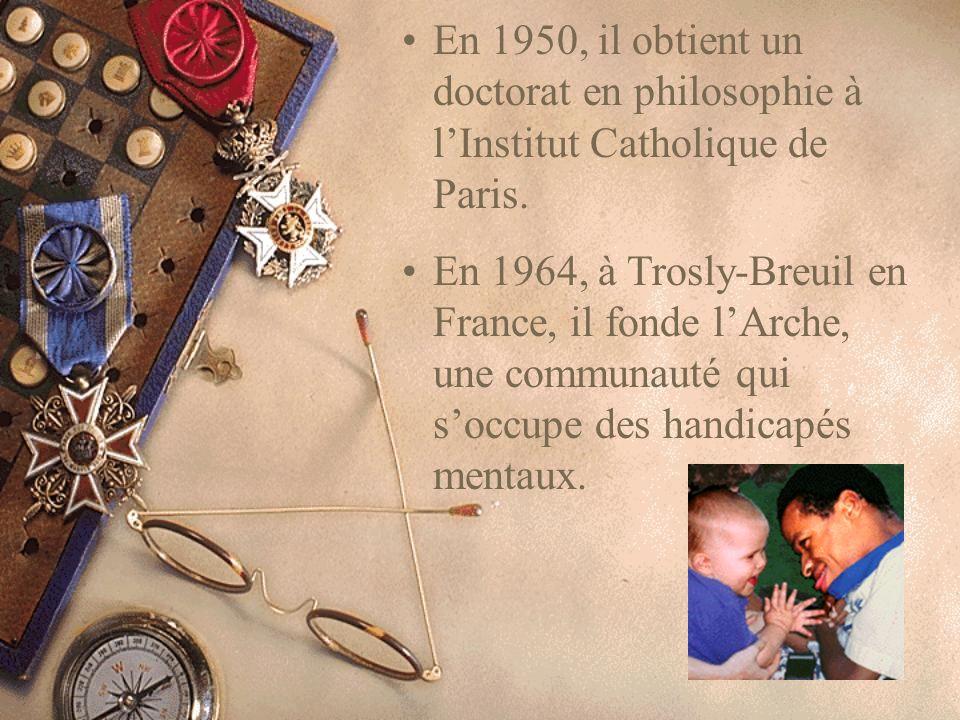 En 1950, il obtient un doctorat en philosophie à lInstitut Catholique de Paris.