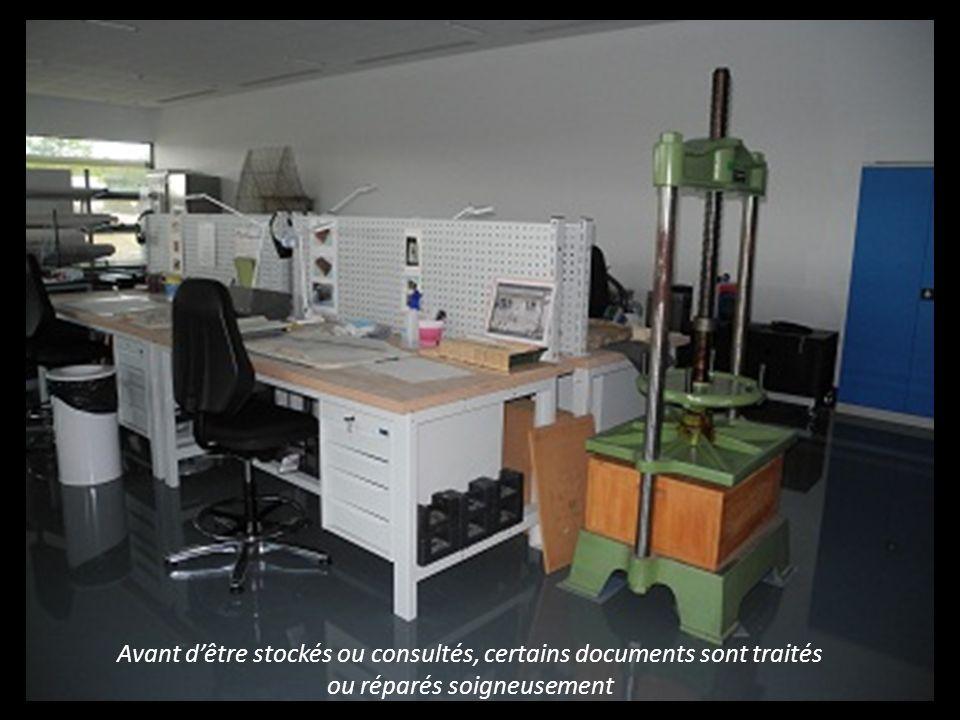 Il est possible consulter ces documents dans la salle de lecture et de recherches Il est possible de consulter des documents dans la salle de lecture