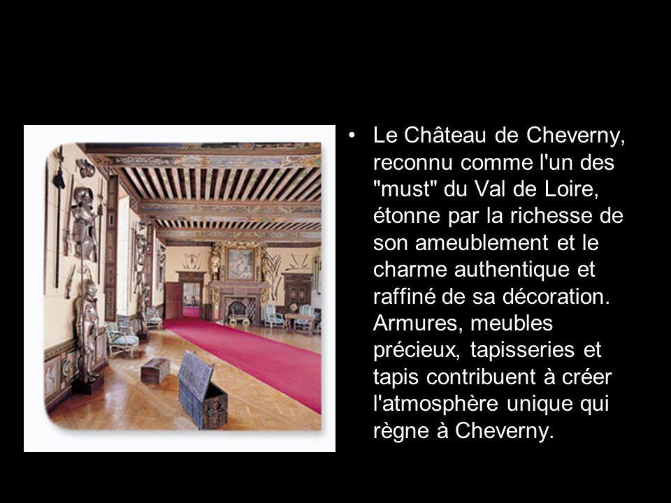 Habité par la même famille depuis sa construction (1610), Cheverny possède une âme à part.