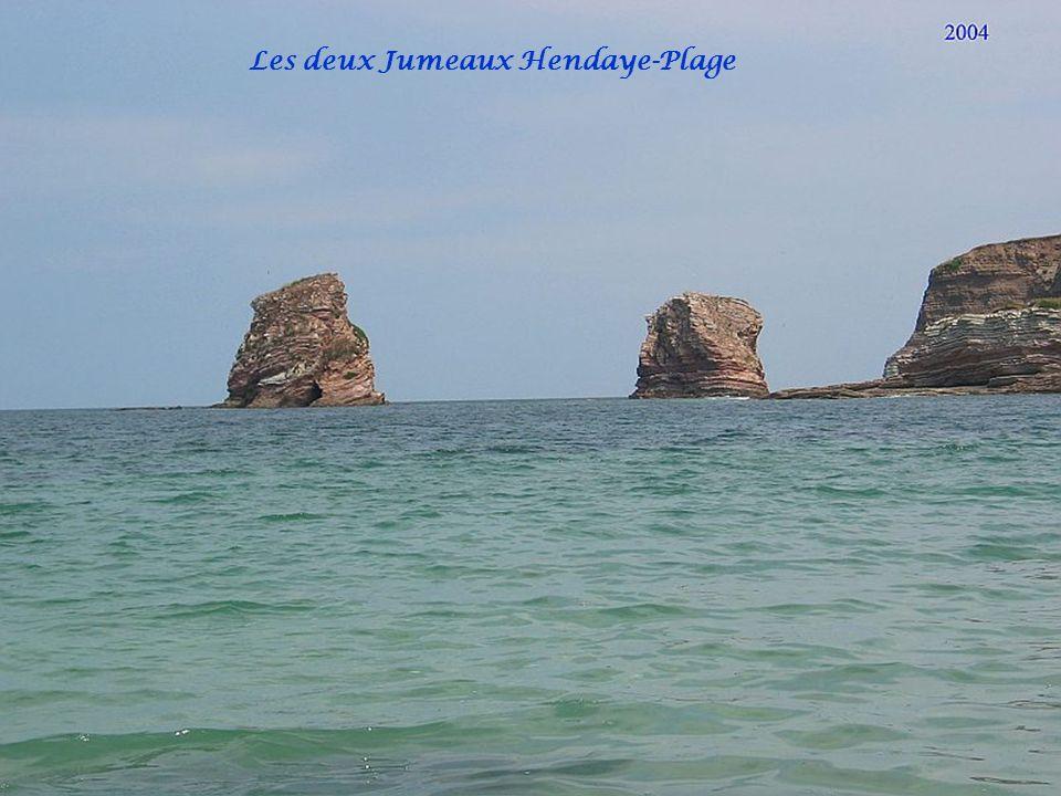 Boulevard de la mer Hendaye-Plage Vue sur les deux Jumeaux