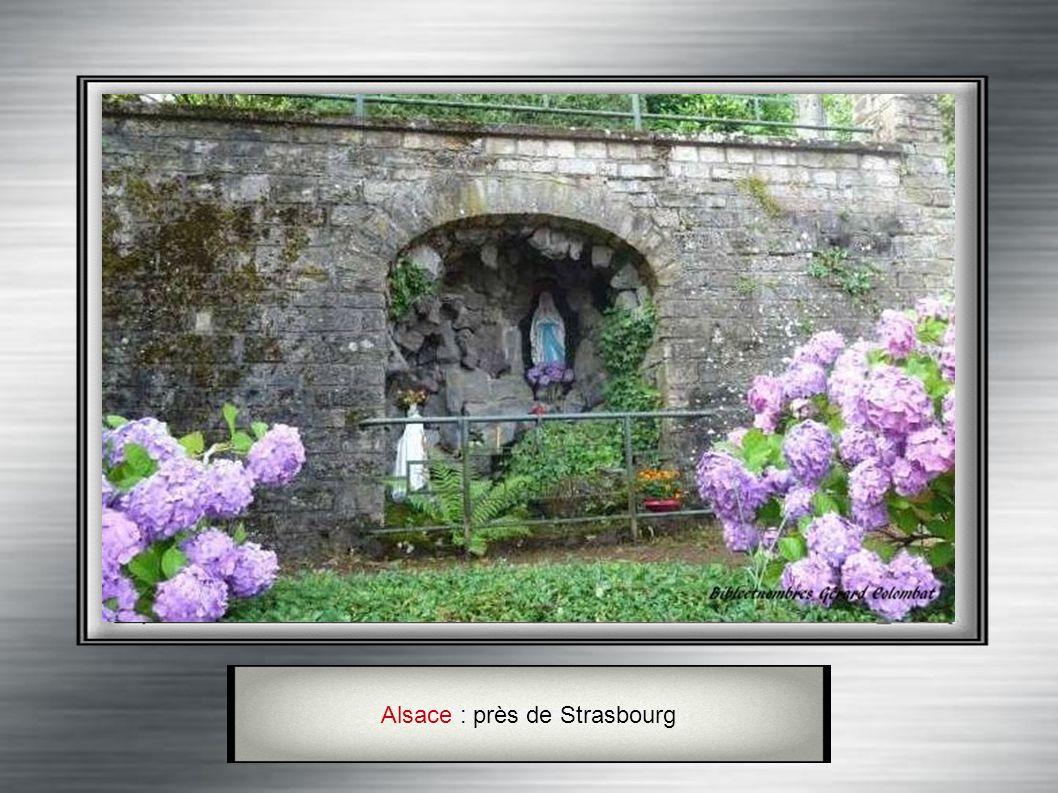 Alsace : La Grotte de Lourdes à Avolsheim (Bas-Rhin)