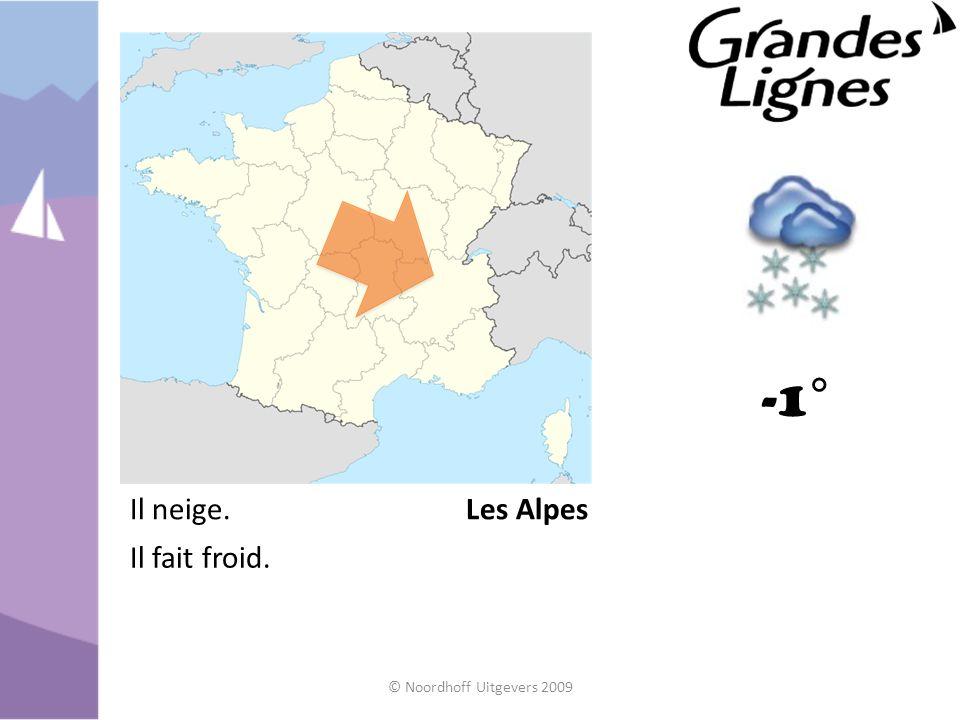 -1° Les AlpesIl neige. Il fait froid.