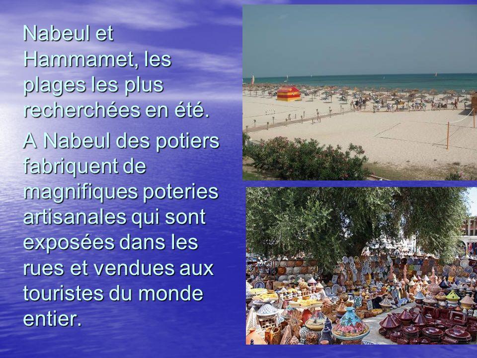 Nabeul et Hammamet, les plages les plus recherchées en été. Nabeul et Hammamet, les plages les plus recherchées en été. A Nabeul des potiers fabriquen