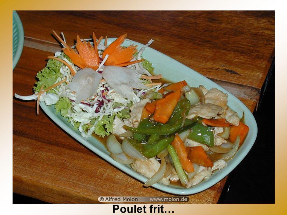 Buffet Thai (Beaucoup de choix dherbes et épices)