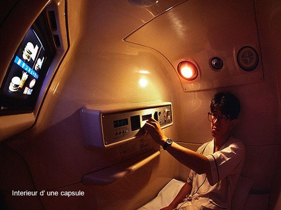 Entrée dans une capsule