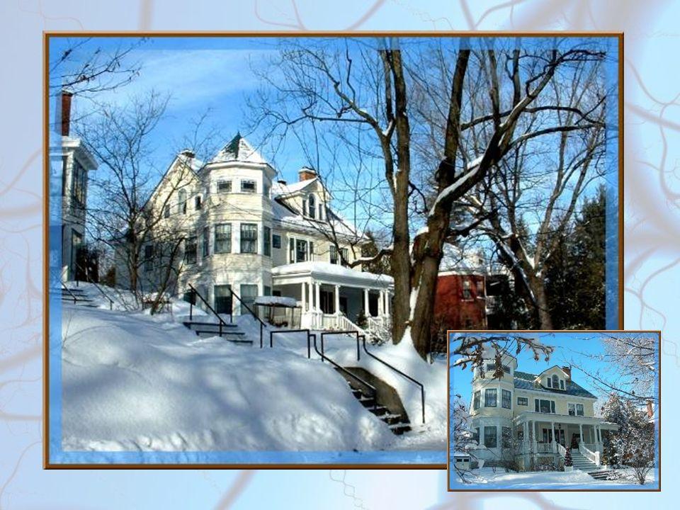 Blanche neige Gros flocons Chauds manteaux Et gros pompons ! Dans la neige Il fait bon Tout est beau Et tout est rond. Les clochers Les maisons Ont de