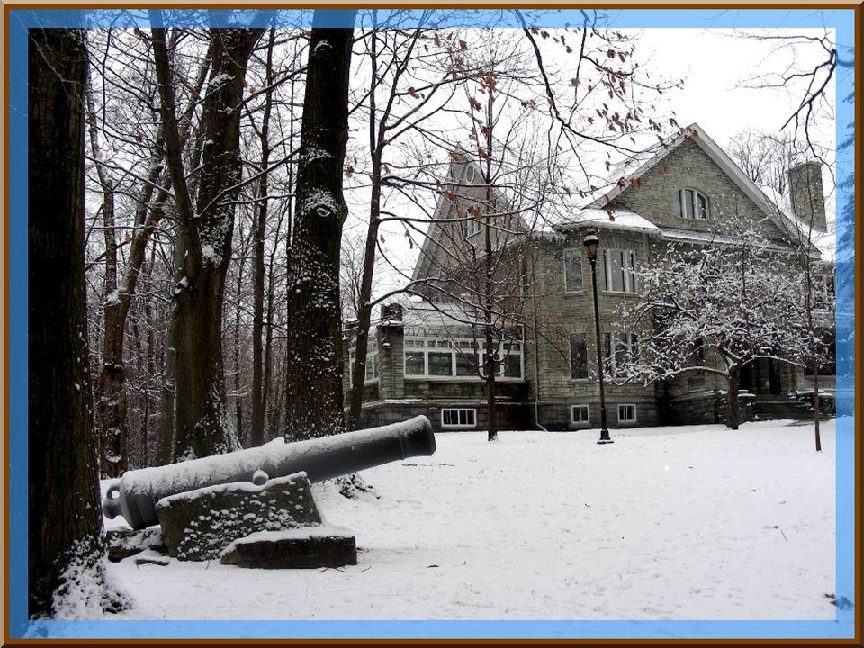 Lune des anciennes résidences des Howard.