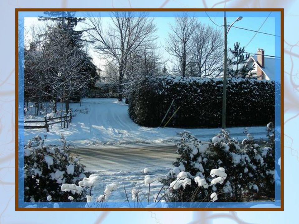 Il a neigé Il a neigé la veille et, tout le jour, il gèle.