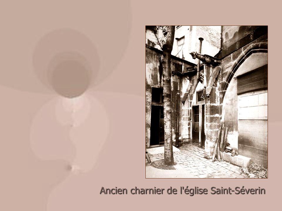 Ancien charnier de l'église Saint-Séverin