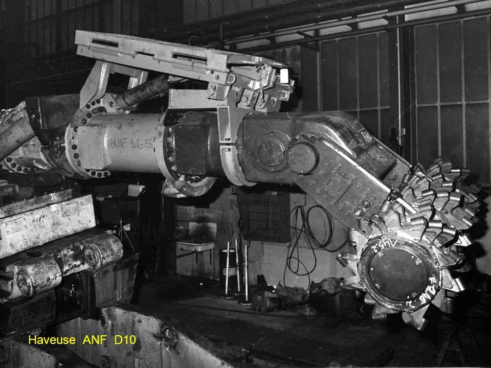 ANF 60GE Moteur de havage 48 KW Moteur pompe 12 KW La première en service vers 1964 au puits Simon 3 de Forbach portait le joli prénom de ROSALIE