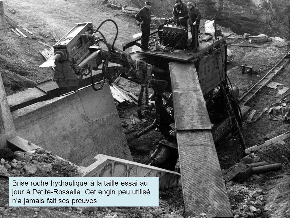 Soutènement provisoire hydraulique Marrel avec télécommande. télécommande