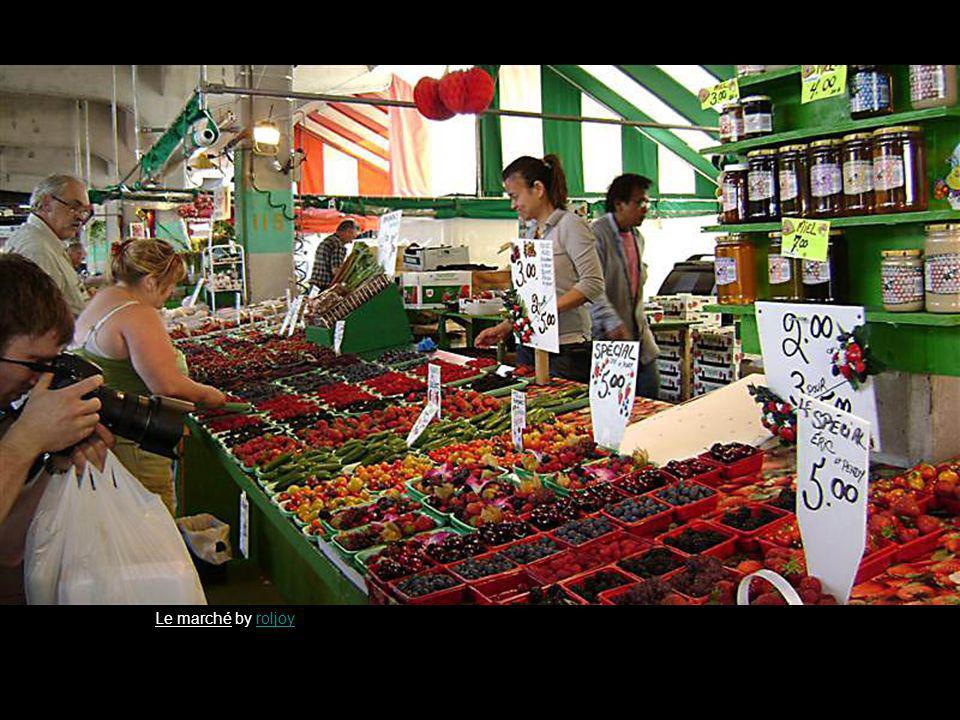 Le marché by roljoyroljoy