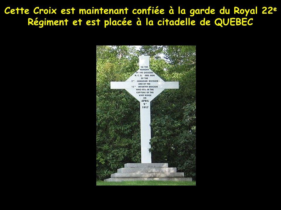 CROIX élevée à la mémoire des Officiers et Soldats de linfanterie Canadienne tués à la prise de la côte de Vimy