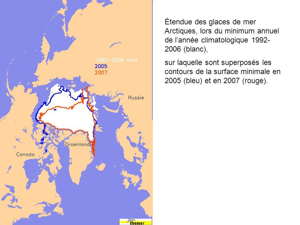 Étendue des glaces de mer Arctiques, lors du minimum annuel de lannée climatologique 1992- 2006 (blanc), sur laquelle sont superposés les contours de la surface minimale en 2005 (bleu) et en 2007 (rouge).