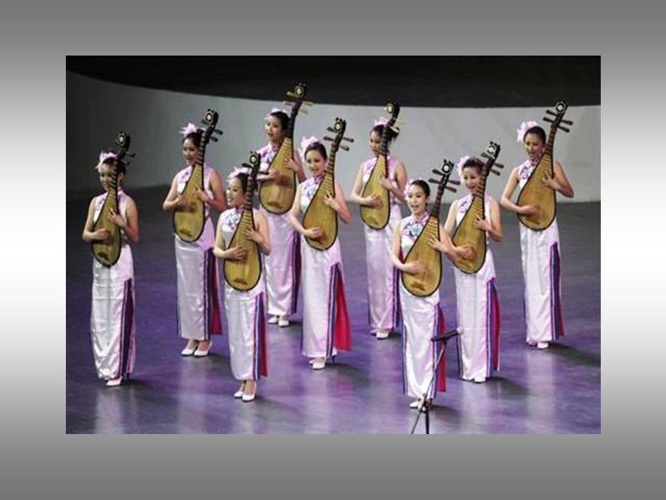 Les minorités ethnique chinoises étaient représentées