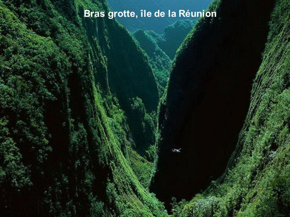 Bras grotte, île de la Réunion