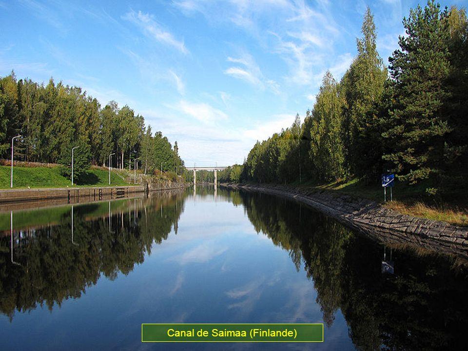 Il relie le lac de Saimaa au Golf de Finlande de la ville de Lappeenranta à Vyborg situer à 76 m au dessus du niveau de la mer. Des 28 écluses les pri