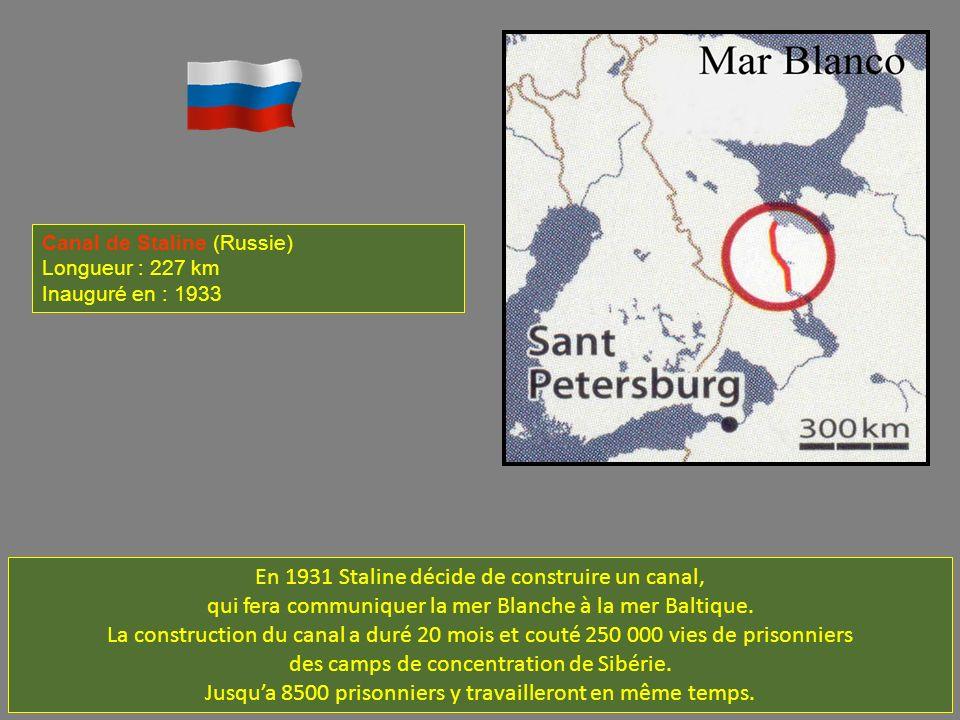 En 1931 Staline décide de construire un canal, qui fera communiquer la mer Blanche à la mer Baltique.