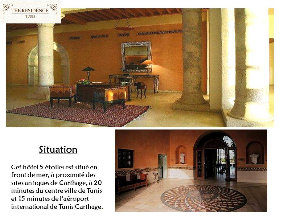 Situation Cet hôtel 5 étoiles est situé en front de mer, à proximité des sites antiques de Carthage, à 20 minutes du centre ville de Tunis et 15 minutes de l aéroport international de Tunis Carthage.