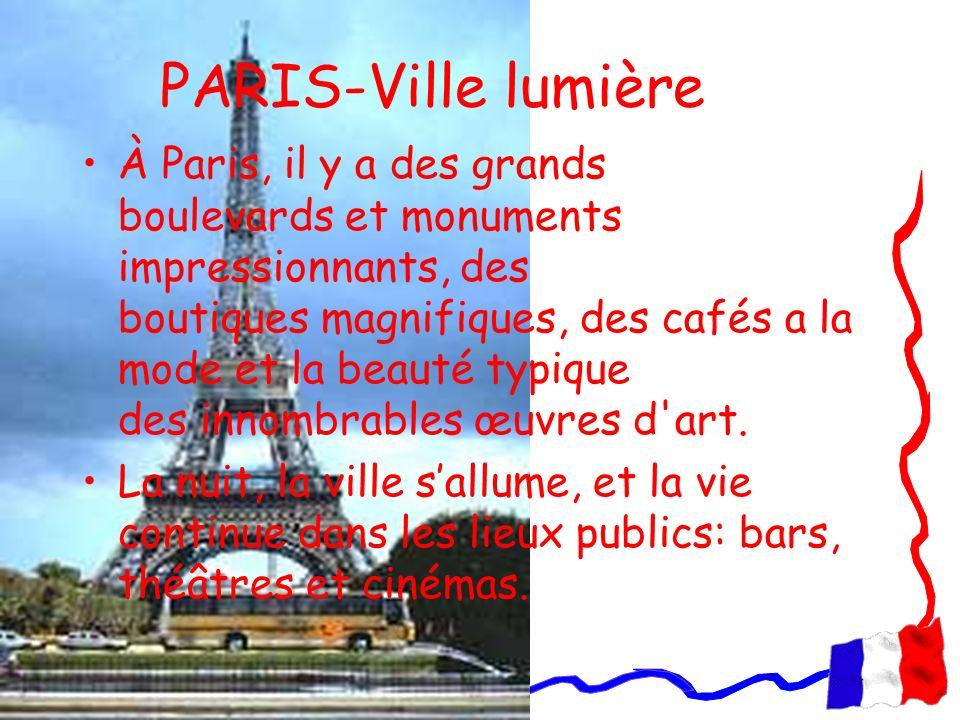 PARIS-Ville lumière À Paris, il y a des grands boulevards et monuments impressionnants, des boutiques magnifiques, des cafés a la mode et la beauté ty
